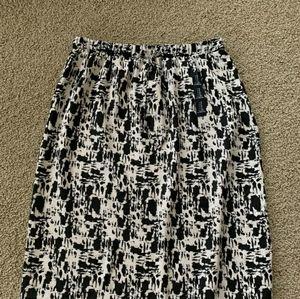 Gap black white geometric print full skirt xxl